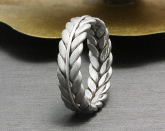 14K White Gold Hand-Braided Fern Style Concave Wedding Band, Floral Wedding Band, White Gold Band, Hand Braided Ring,