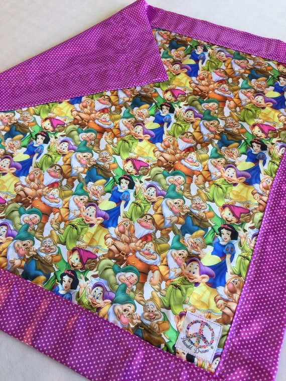 Disney Snow White and the seven dwafts. Baby blanket, Silky blanket, Stroller blanket, Lovey, silky. Homemade