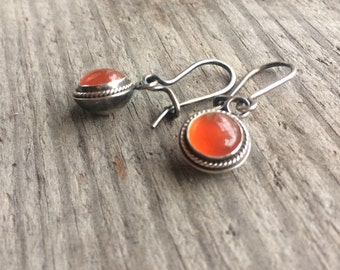 Vintage looking carnelian earrings