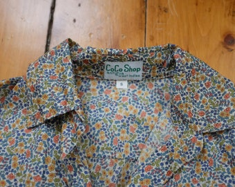 Vintage Floral Print Button Up