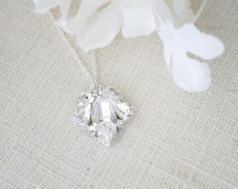 Simple rhinestone bridal necklace, Swarovski crystal wedding necklace, Clear crystal pendant necklace, Bridesmaid necklace