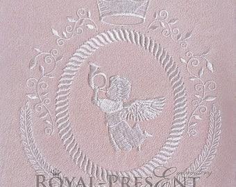 Machine Embroidery Design Vintage heraldic blank monogram