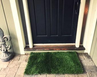 Fake grass doormat
