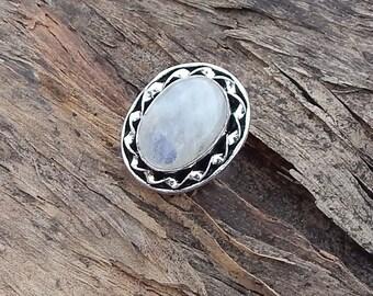 Oval Rainbow Moonstone Gemstone 925 silver Ring Size 6
