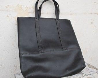 Tote Bag -  Leatherette bag - Vintage bag - Shopping bag - Market bag - Supple bag - Oversized bag - Big bag - Distressed bag - Old bag