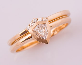 Shield Diamond Ring, Unique Engagement Ring Set, 14K Rose Gold, Diamond Ring, Solitaire Engagement Ring, Wedding, Bezel Engagement Ring