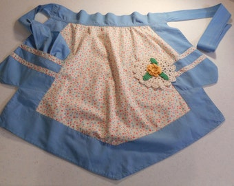 Super Cute Vintage feed sack apron handmade 1930s