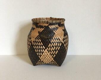 Ye'Kuana - Yekuana Aboriginal Handmade Basket Aprox 6 Inches