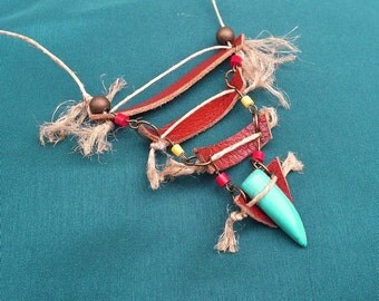 The Indian - breastplate in leather, hemp and turquoise necklace