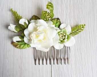 Bridal hair comb, Wedding hair comb, Bridal headpiece, Woodland wedding, Wedding headpiece, Hair comb, Boho wedding, Rose comb, Hair flowers