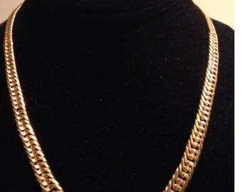 Solid 22K Yellow Gold 51.8 gr Necklace /Chain Elegant