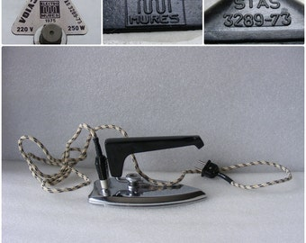 Vintage ElectricTravel Iron with Folding Handle