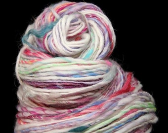 SPRING NATURE 1 - Handspun Single Ply Yarn - merino silk stellina - Art Yarn - Worsted