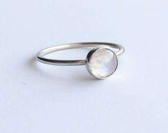 MOONSTONE RING - Sterling Silver Bezel Set Semiprecious Ring - Silver 6mm Gemstone Skinny Ring - Birthstone June