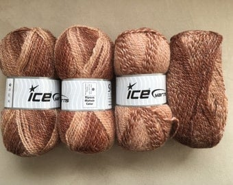 Alpaca Mohair yarn (20 % alpaca, 20 mohair, 50 acrylic), weight 4, 100gr, 200m. Knitting needles US6,8/4,5mm