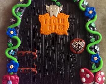 Tooth fairy door comes with dust & key OOAK