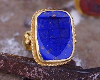 Carved Shıled Blue Venetian Intaglio Ring 24K Gold Vermeil 925K Sterling Silver