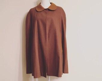 Vintage wool cape. Vintage theatrical cape. 60s style cape. Women's wool cape. Wool cape.