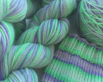 Hand dyed self striping merino sock yarn - Minty
