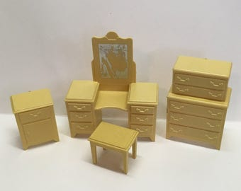 "Marx hard plastic Bedroom Furniture 1/2""scale vintage 1950's miniatures"