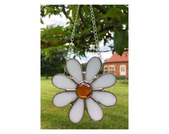 Hand-crafted Stained Glass Daisy Flower Sun-catcher, White, Orange Glass Gift Decoration