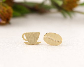 Coffee stud earrings , Coffee earrings, Coffee bean Earrings , Tiny stud earrings, Minimalist earrings, Coffee Lovers Gift, Coffee Cup