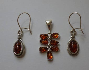 Pretty sterling silver amber earrings & pendant set