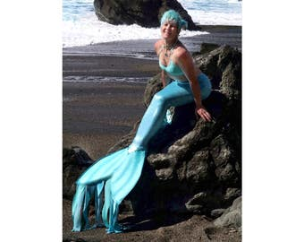 Sparkling swimmable mermaid tails for women