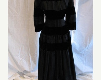 On Sale 1950s Evening Dress in Black Taffeta with Wide Bands of Black Velvet
