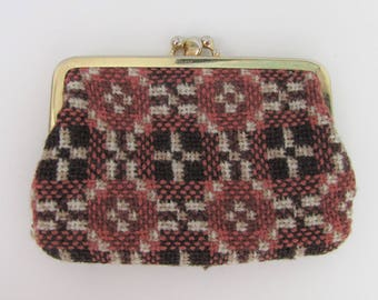 Vintage Welsh Tapestry Coin Purse Brown and Cream Retro Granny Chic