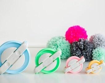 Pom pom maker set 4 sizes - Pompom maker Pompon Pom pon - Fluffy ball maker - Yarn ball maker