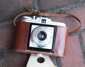 AGFA Isola Medium format camera - 120 film, 6x6 - Agnar lens