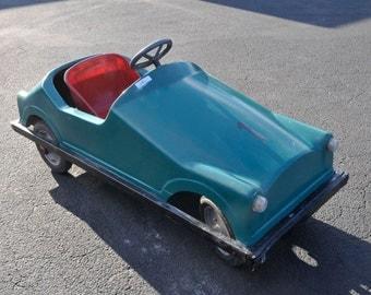 Pedal Car Antique European SPECIAL Large Fiber Glass Model Chain Driven #6987