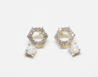 E0147/Anti-Tarnished Gold Plating Over Brass/Hexagon Cz White Opal Stud Earrings(Ready To Wear)/5x10mm/2pcs