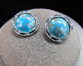 Vintage Pair Of Silvertone Blue White & Gold Colored Speckled Clip Earrings