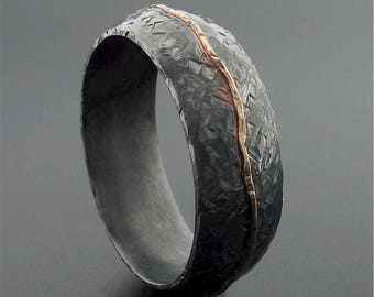 Carrock rustic silver and gold mans 8mm wedding ring hand made court band.