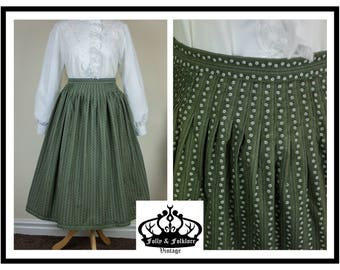 70s Folkloric Dirndl Skirt, Green and White, Floral Prairie Skirt, Size M