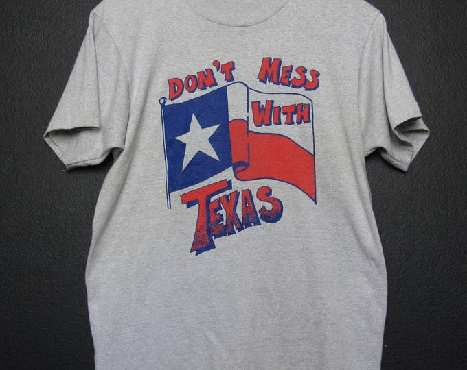 Don't Mess With Texas 1980s vintage Tshirt