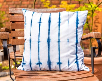 "Shibori Pillow Case ""Grid"" / 20""x20""/  hand-dyed    (100 % natural fabric )"