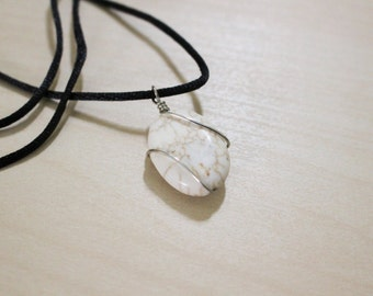 White Magnesite Oval Necklace