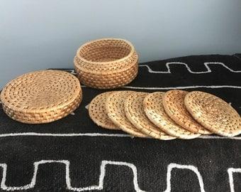 Woven wicker set of 6 coasters