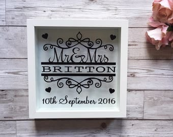 Mr & Mrs Vinyl Frame - Perfect Wedding Keepsake Gift - Choice of Colours/Wording etc