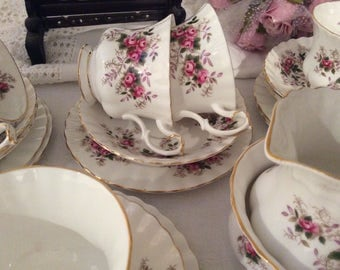 Royal Albert Lavender Rose 21 Piece Teaset Vintage Cups Saucers Plates Sugar and Cream