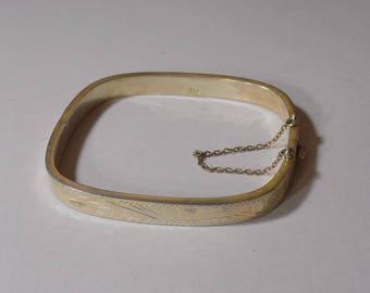 Beautiful square sterling silver bracelet