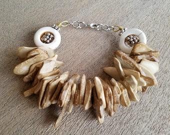 Woodchips & Circles Bracelet