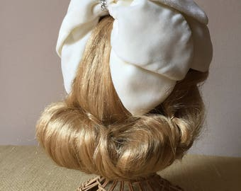 Bridal headpiece / Wedding hair complement