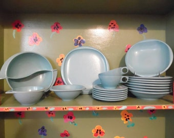 Turquoise Boontonware Boonton Melmac Melamine Plastic Plates Bowls Tea Cups Saucers Camping Picnic Glamping Mid Century Modern Retro Vintage