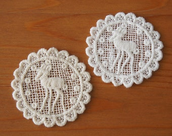 2pcs: Fawn Cotton Lace Applique Round Scallop Edge Dia. 55mm Cute Young Deer Forest Animals Trim Sewing Embellishment Knit Craft DIY