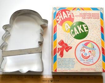 "Vintage FOX RUN CLOWN Shape A Cake   1970s In Box 8.75"" x 6.75"" x 2"" Tin Pennywise Jumbo Cookie Cutter"