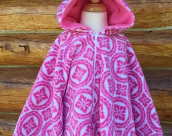 Fleece poncho, fleece riding hood, pink medallions riding hood sized for four year old